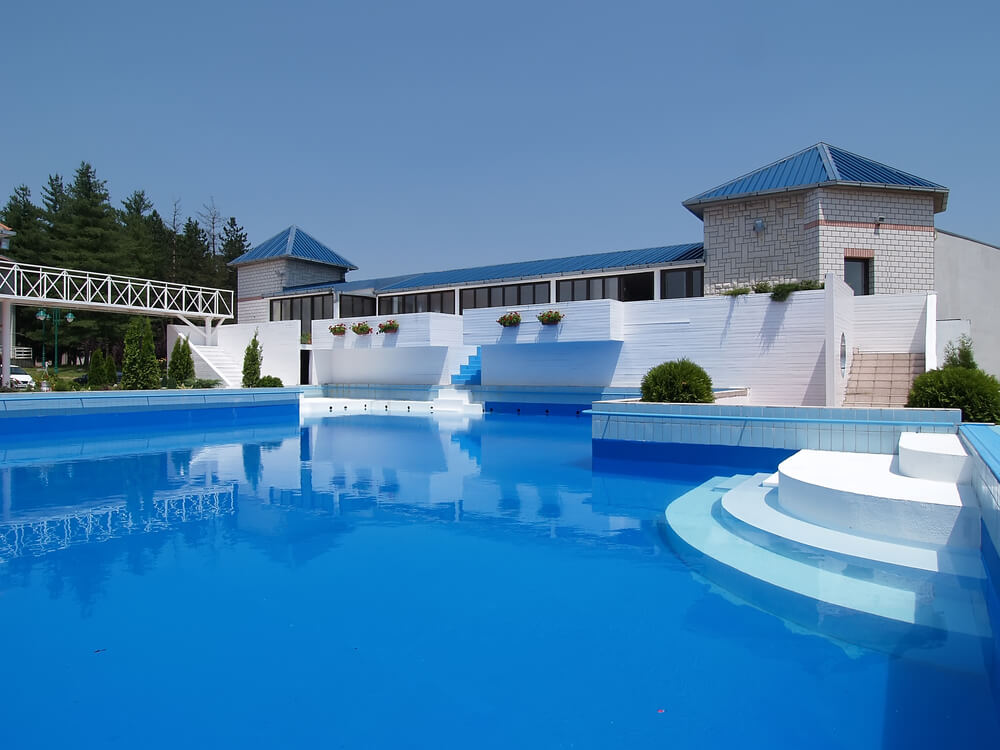 Big Mansions With Pools huge mansion with pool