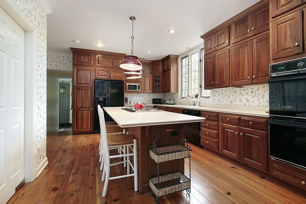 43 new and spacious darker wood kitchen designs layouts for Old fashioned white kitchen cabinets