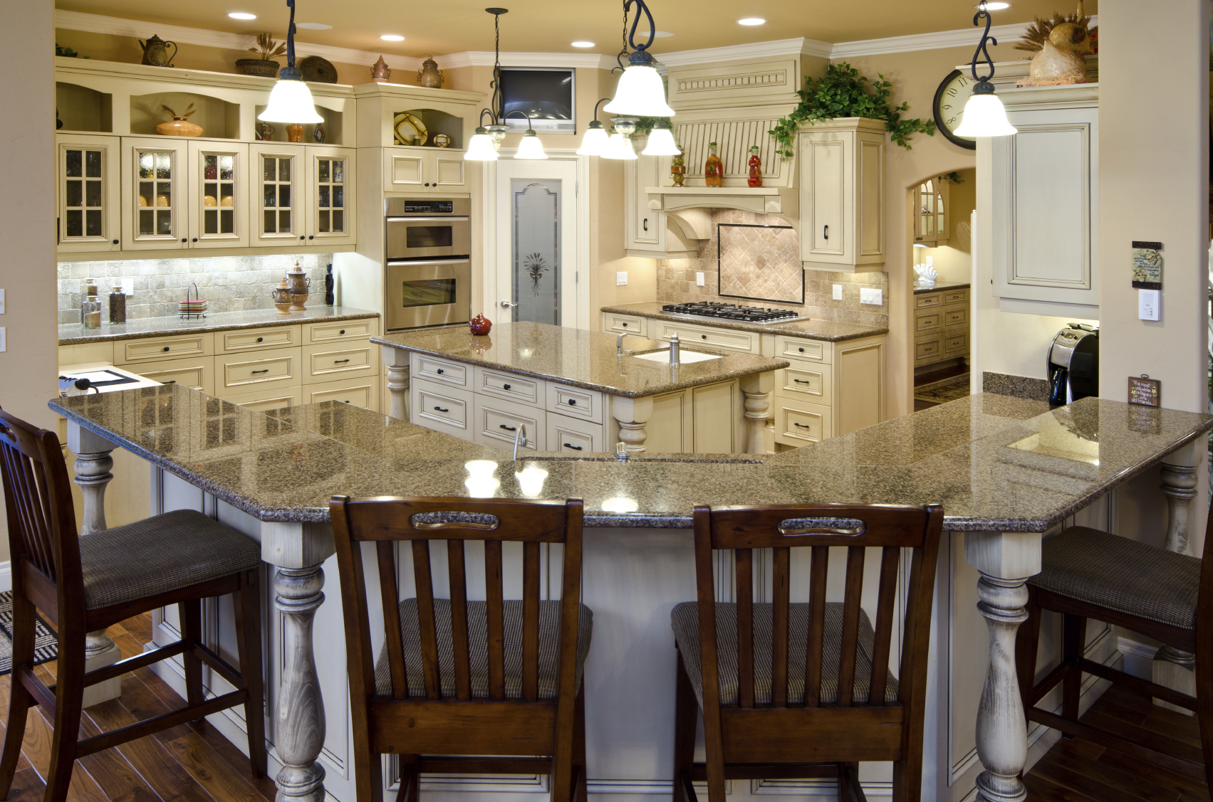 20 Of The Most Popular Kitchen Designs On Home Stratosphere