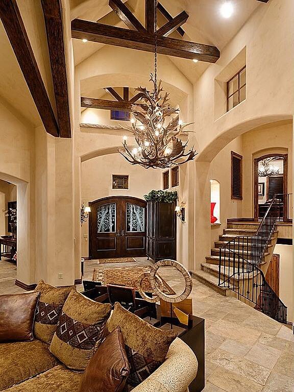 45 Custom Luxury Foyer Interior Designs