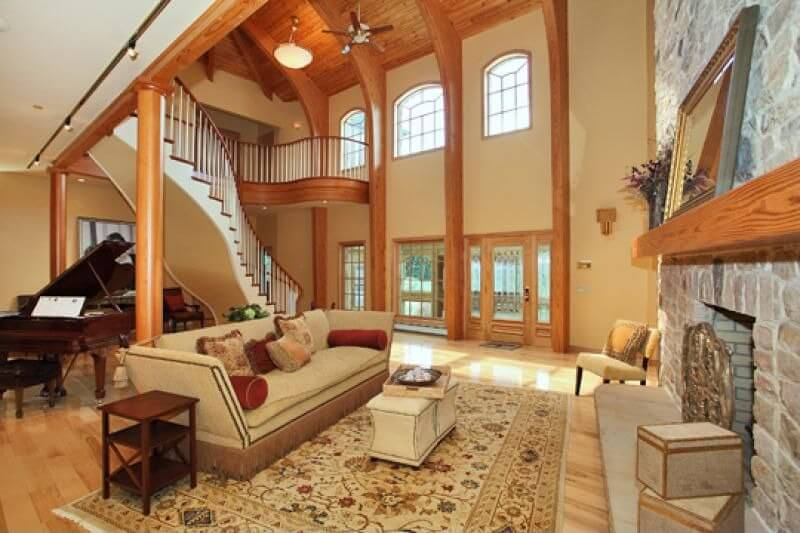 Grand Fireplace W Vaulted Ceilings Beams Open Floor: 47 Beautiful Small Living Rooms (Diverse Designs