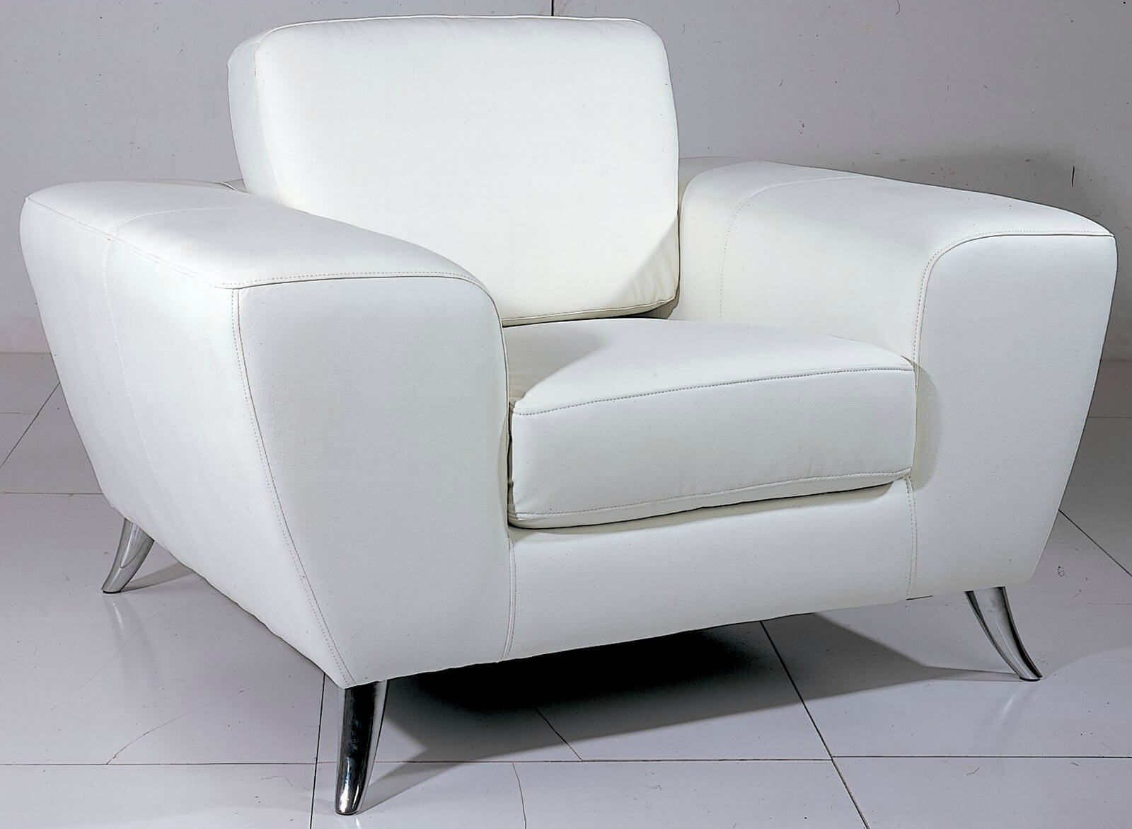 Picture of: 37 White Modern Accent Chairs For The Living Room