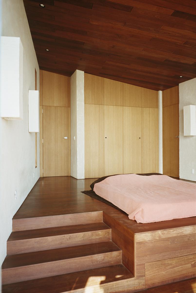 11_Bedroom