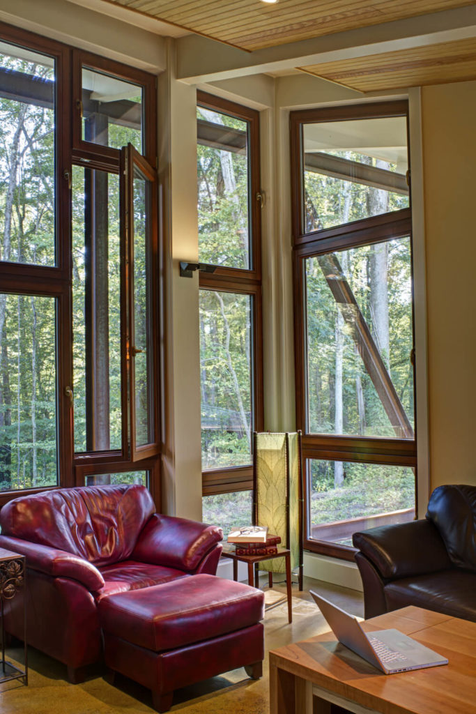 Each of the windows has a handle to be opened, allowing breezes into the home to be customized to the occupant's liking.