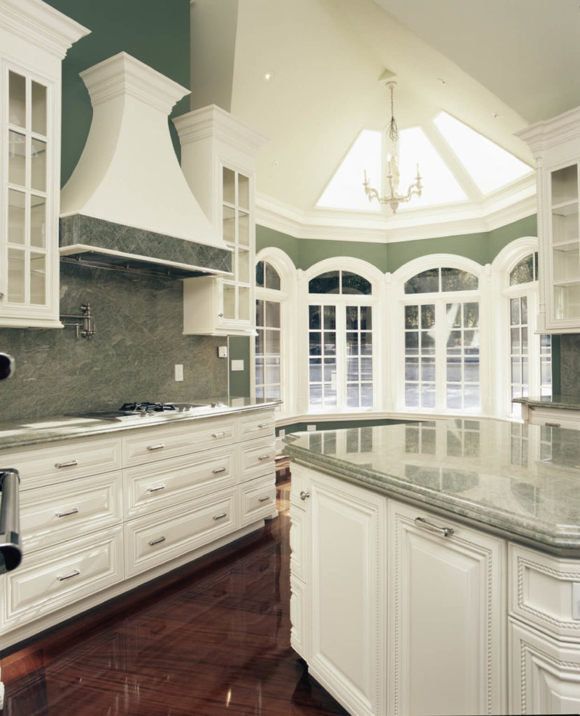 25 Spectacular Kitchen Islands With A Stove Pictures