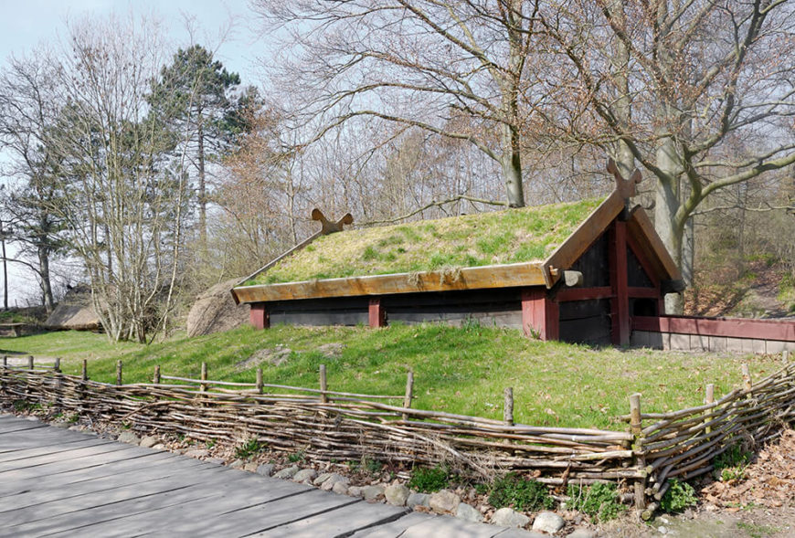 8-green-roof-architecture