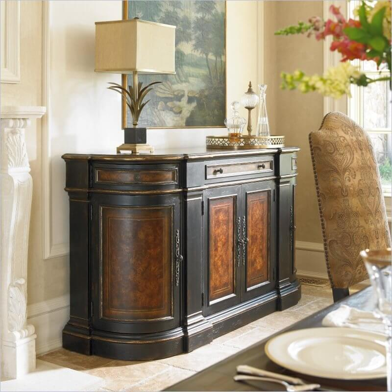The rich panelling of this buffet adds some serious elegance to this dining room. It also features three drawers and three cabinets. The counter is a great place to set serving dishes during a meal.