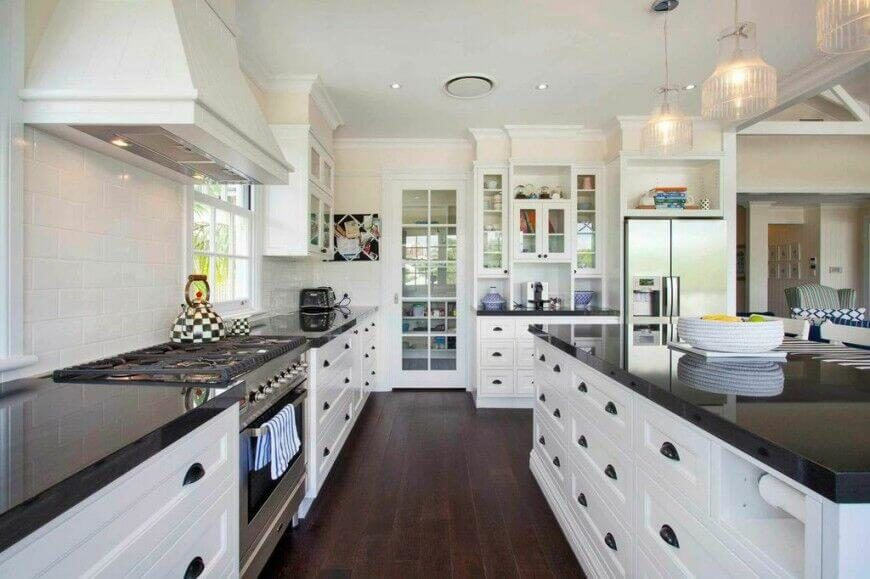 Cute Room Decor Ideas, 36 Inspiring Kitchens With White Cabinets And Dark Granite Pictures