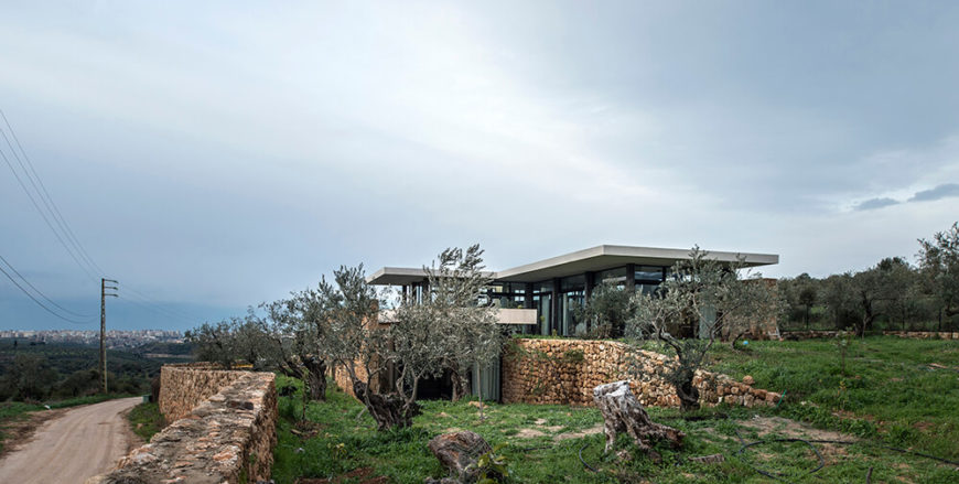 Zgharta residence, a Mediterranean home by Platau Design.