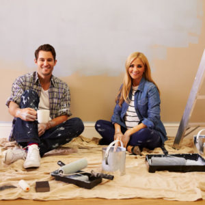 Couple painting room