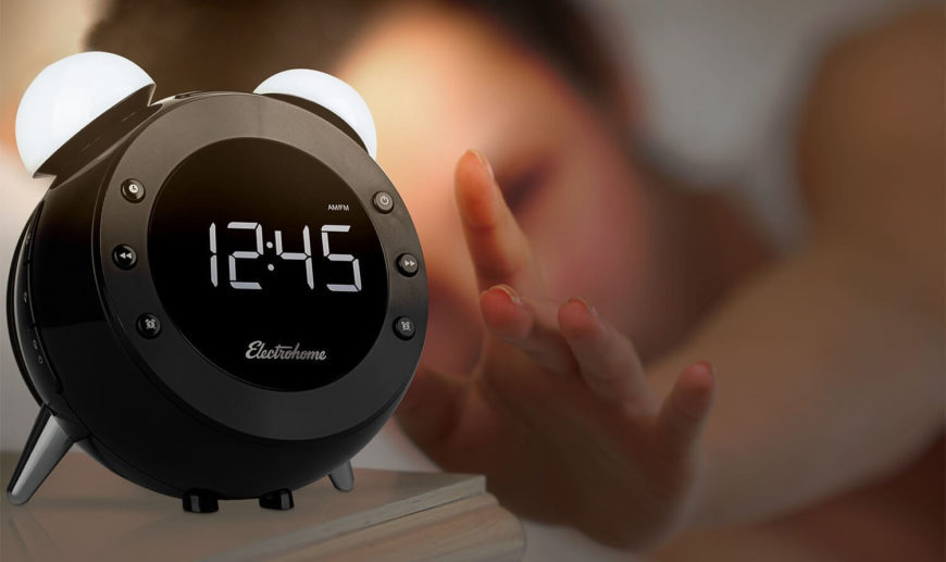 The sensor activated lamp and snooze functions allow for a simple hand wave to control the device, meaning no more fumbling for a snooze button or a light when you wake up. Of course, you can also set the radio as the alarm, enjoying your favorite music as you're gently woken.