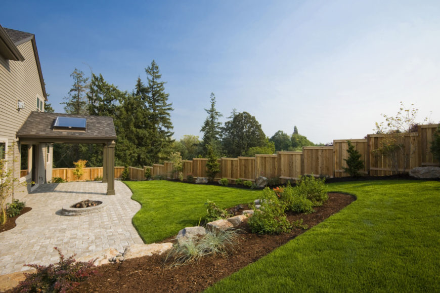 A simple design is also best when building a fence around an area with uneven ground and hills.