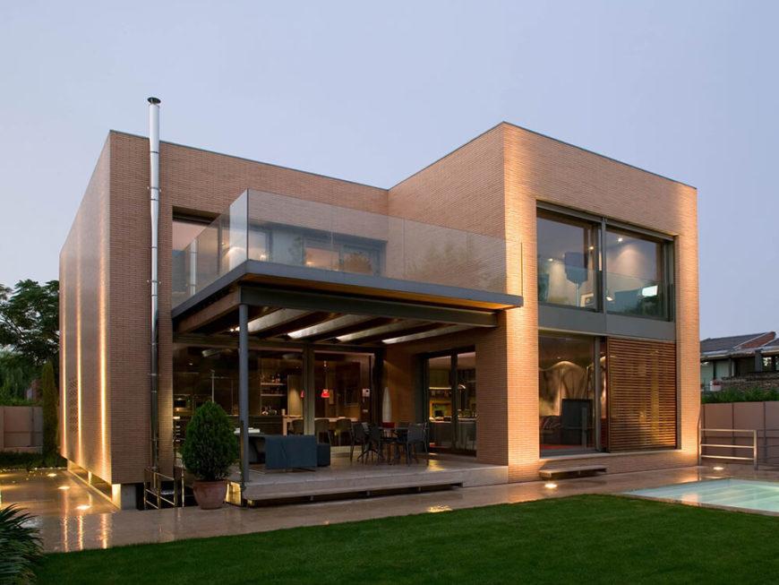 B House by Artigas Arquitectes