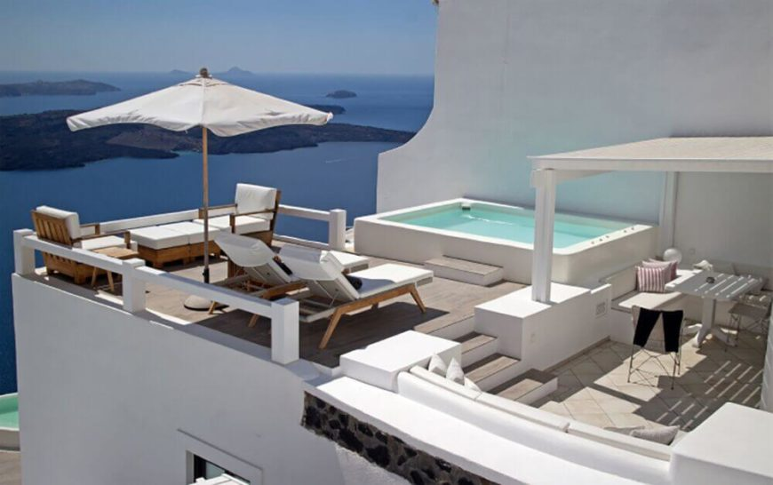 This rooftop plunge pool is a wonderful place to look down over the islands out in the distance. This little pool proves that a pool does not need to be massive or complex to be a luxury pool.