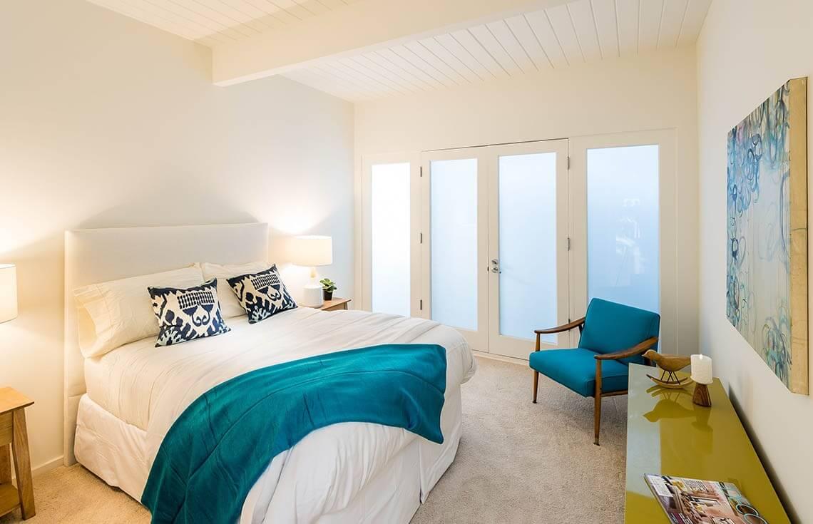 22 Elegant Bedroom Staging Ideas Photos