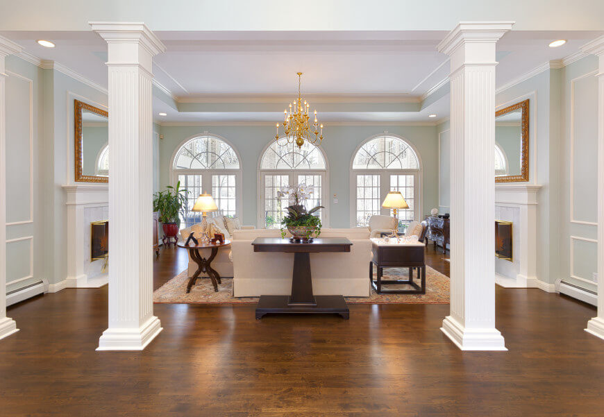 A tray ceiling gives a room a sense of more space. There are many things you can do with a tray ceiling to make it visually interesting. There are diffrent ways to paint and light a tray ceiling to bring attention to the feature.