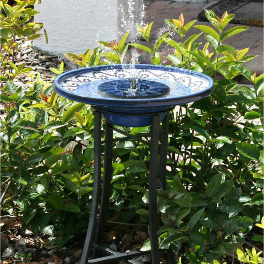 Here is a colorful ceramic bird bath with a water fountain feature that shoots water into the air. Birds will love to splash around in this fun basin. The fountain keeps the water from staying stagnate and the blue color makes the water appear fresh.