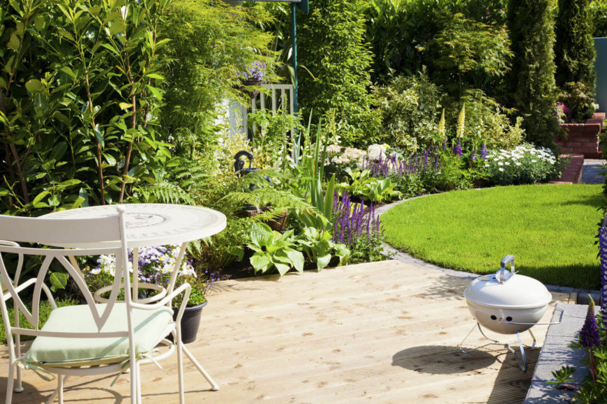 Small gardens can be used to punctuate design. If you have a well cared for and manicured lawn, a colorful garden is the perfect addition to line the lawn and give it depth.