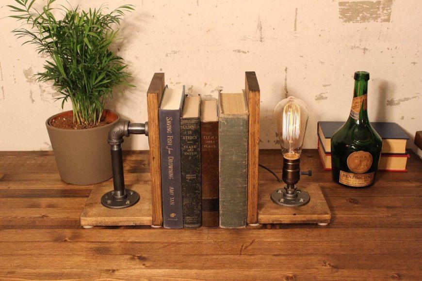 A lovely book-end industrial light fixture.