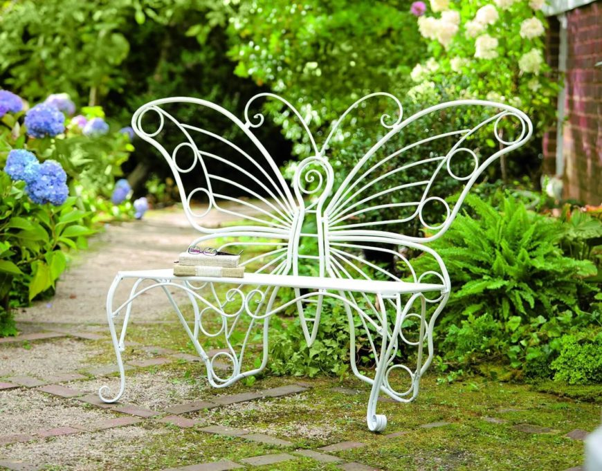 Here is an interesting and fun bench. This bench has a great design feature that can really make your space stand out. With a piece like this in your yard you can really make an impression.