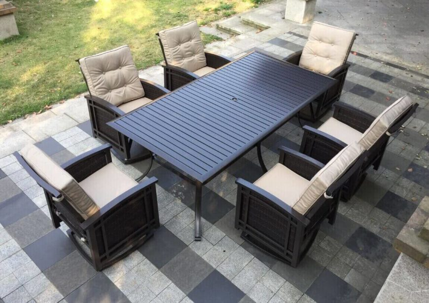This sizeable patio set has six comfortably padded seats around a very large patio table. This amazing set ensures that everyone around the table is comfortable and relaxed.