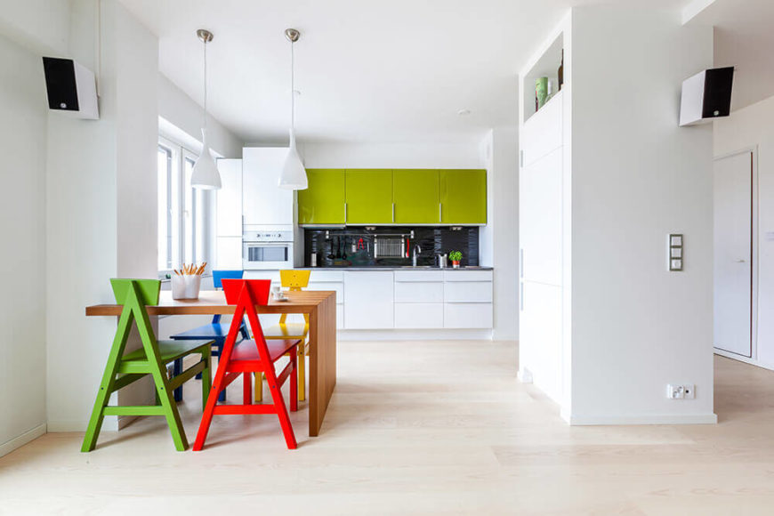 Immaculate White Modern Casa di Juhana Home