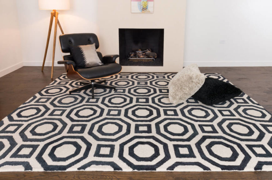 Add a dose of unexpected modern charm with a black and white rug perfectly suited to coordinate with any contemporary décor.