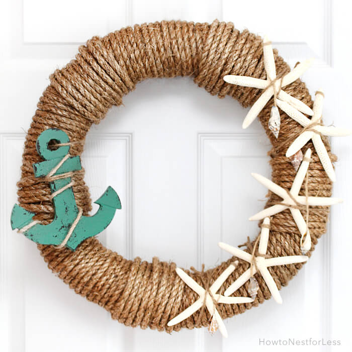 Looking to shout to the world that you love the beach! This adorable rope wreath is perfect for any beach house—or for any home you want to feel like a beach house!