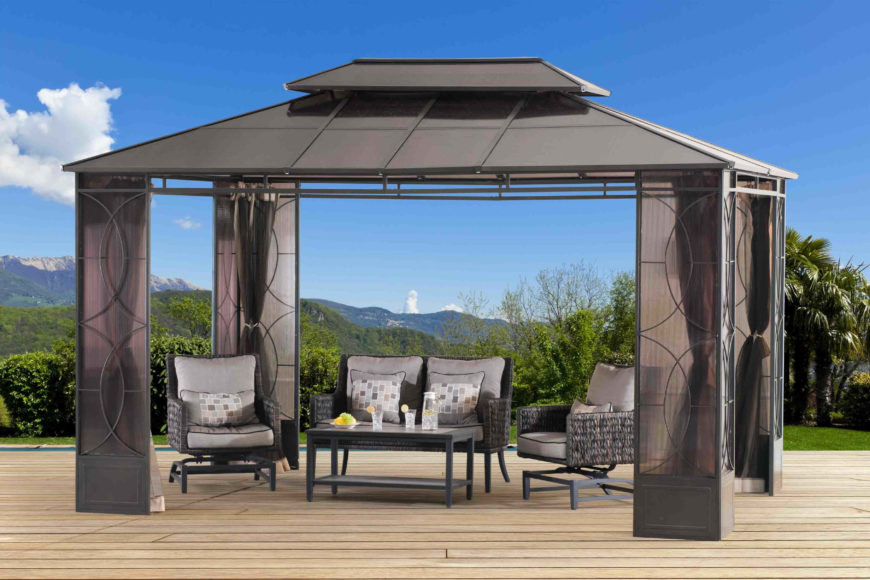 The legs of this gazebo have spaces where the attached curtains can be tucked away out of sight. This is ideal if you prefer a clean and sleek design when you are not using the curtains.