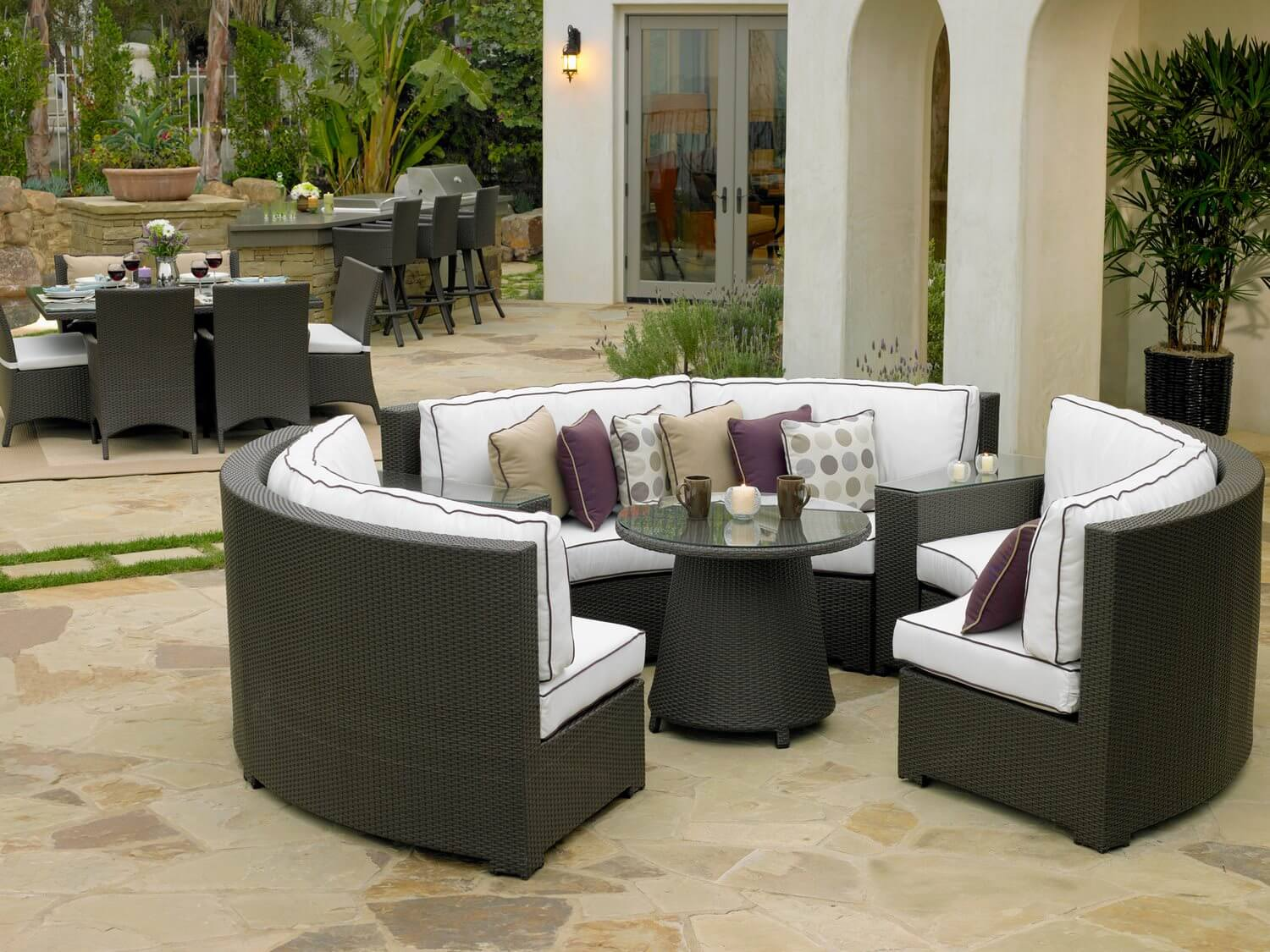 Modern round patio dining table