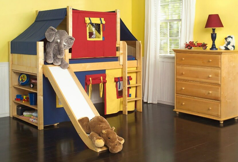 This loft bed's low height makes it perfect for little boys. You don't have to worry that it's too high for them and they can grow more active as they learn to climb the ladder or take the slide.