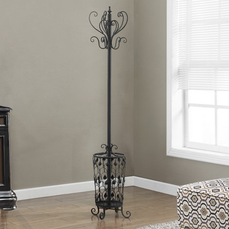 This coat rack features 8 strong hooks on which you can hang your coats, hats and other outer wear.