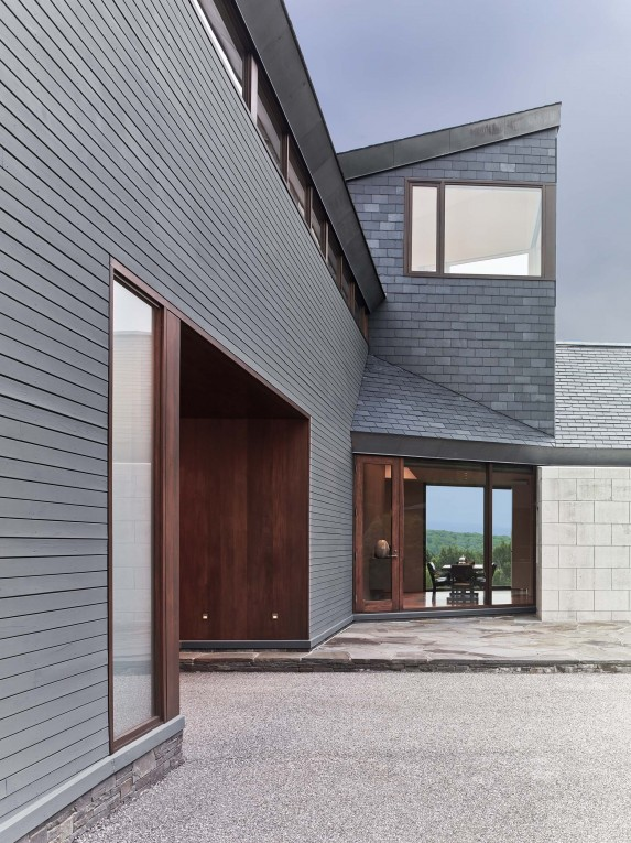 a house with a different view from every corner
