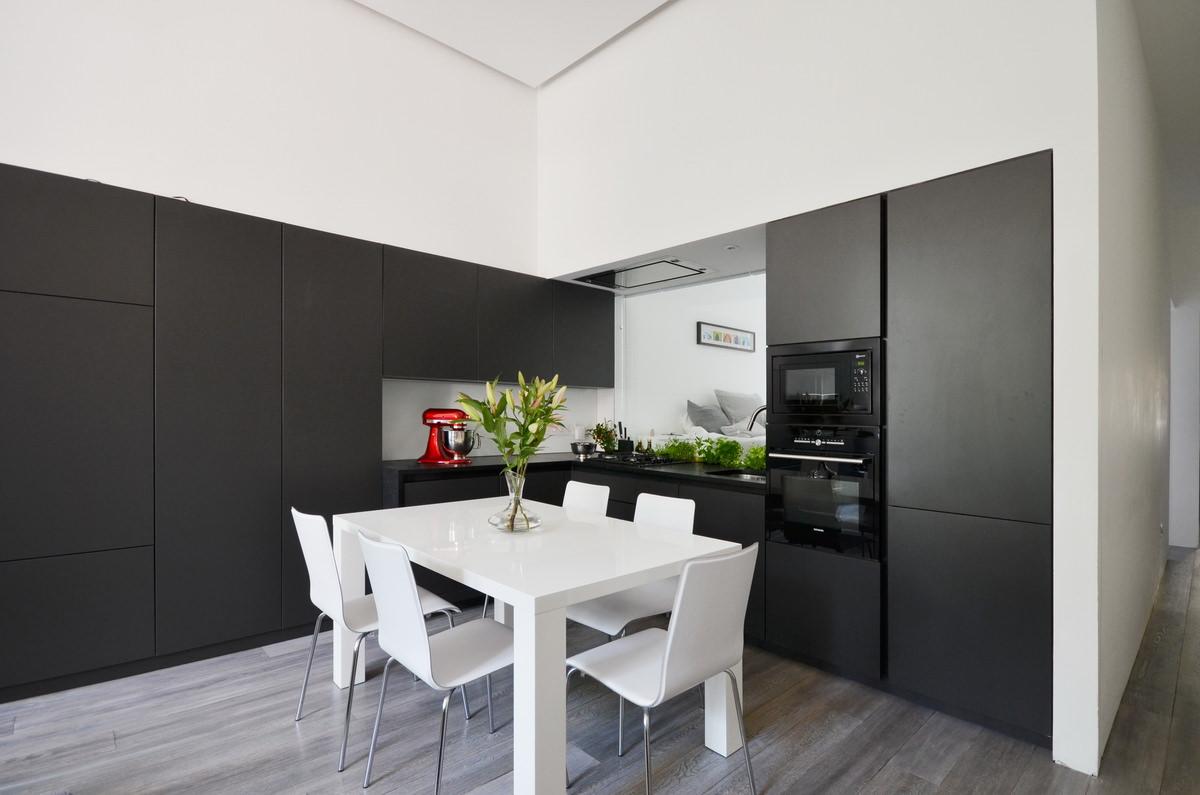 Daniele Petteno - Nevern Square Apartment-11