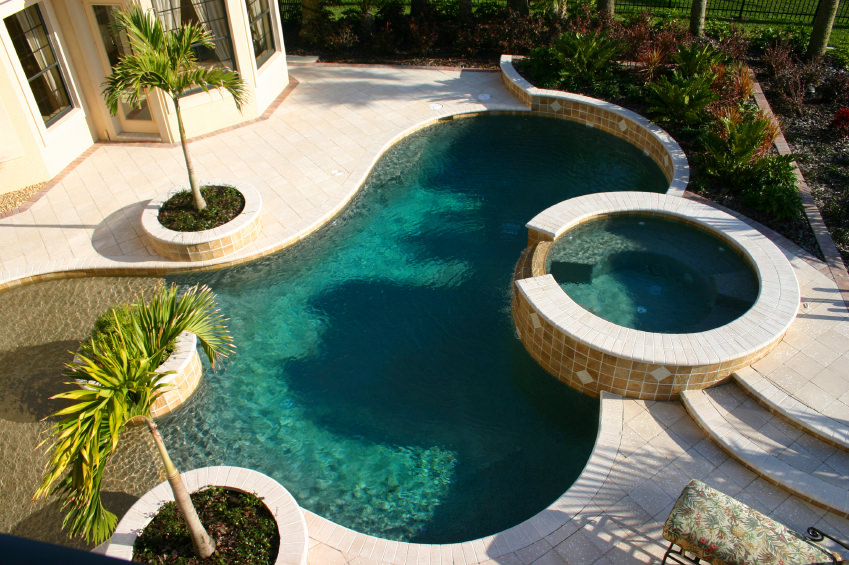 23 Outdoor Kidney Shaped Swimming Pools Photos