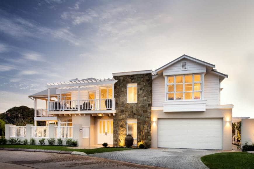 The Grayson, a Contemporary Home by Webb & Brown-Neaves