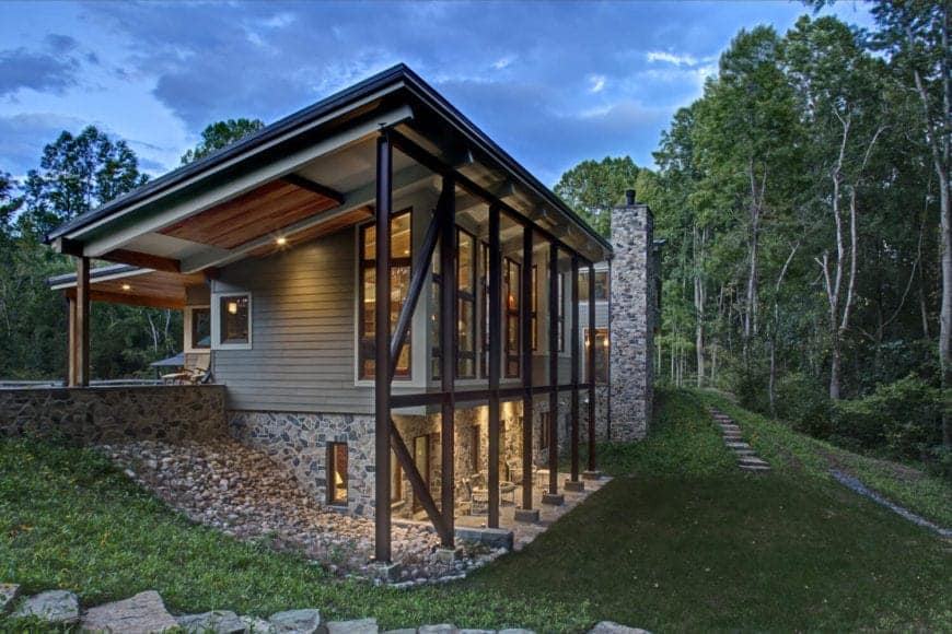 Rustic and Refined Environmentally-Friendly Net Zero Home by 2e Architects