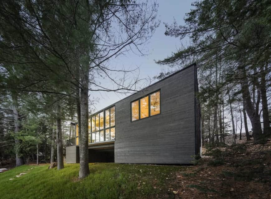Cross Laminate-Timber Cottage project by Kariouk Associates