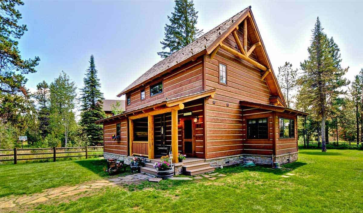 2-Bed Rustic Retreat