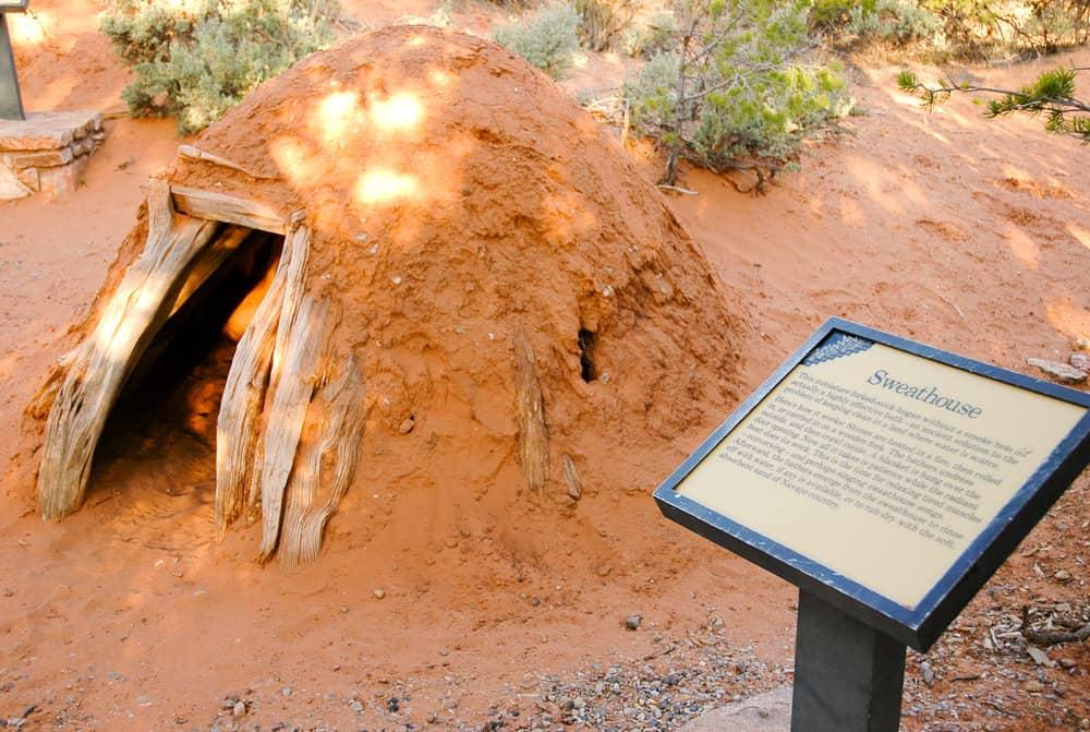 Earthen sweat lodge dome
